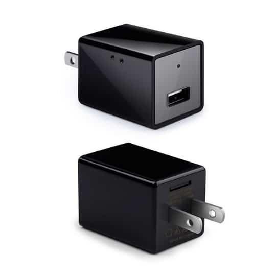 Camera ngụy trang đầu sạc điện thoại Z99là dòng camera cực kỳ thông minh và linh hoạt. Không chỉ được thiết kế như một chiếc sạc điện thoại thông thường, camera Z99 còn có một chức năng quan trọng đó là quay camera và truyền dữ liệu trực tiếp về điện thoại