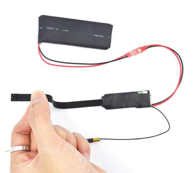 Camera IP siêu nhỏ wifi V99 quan sát từ xa trên điện thoại là chiếccamera siêu nhỏ quay lén. Với nhiều chức năng quay phim, ghi âm, chụp hình.