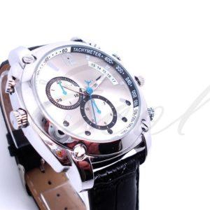 Đồng hồ đeo tay camera W7000 quay đêm là sự lựa chọn mà khách hàng nhắm đến khi cần ngụy trang quay lén
